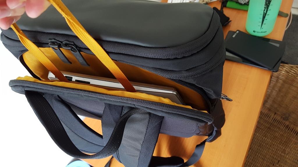 The North Face Ka Ban Review Laptop Pull