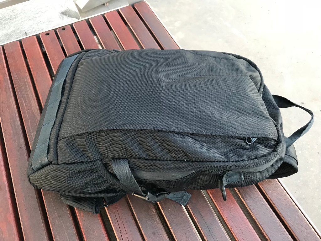 Arktype Dashpack Review Side