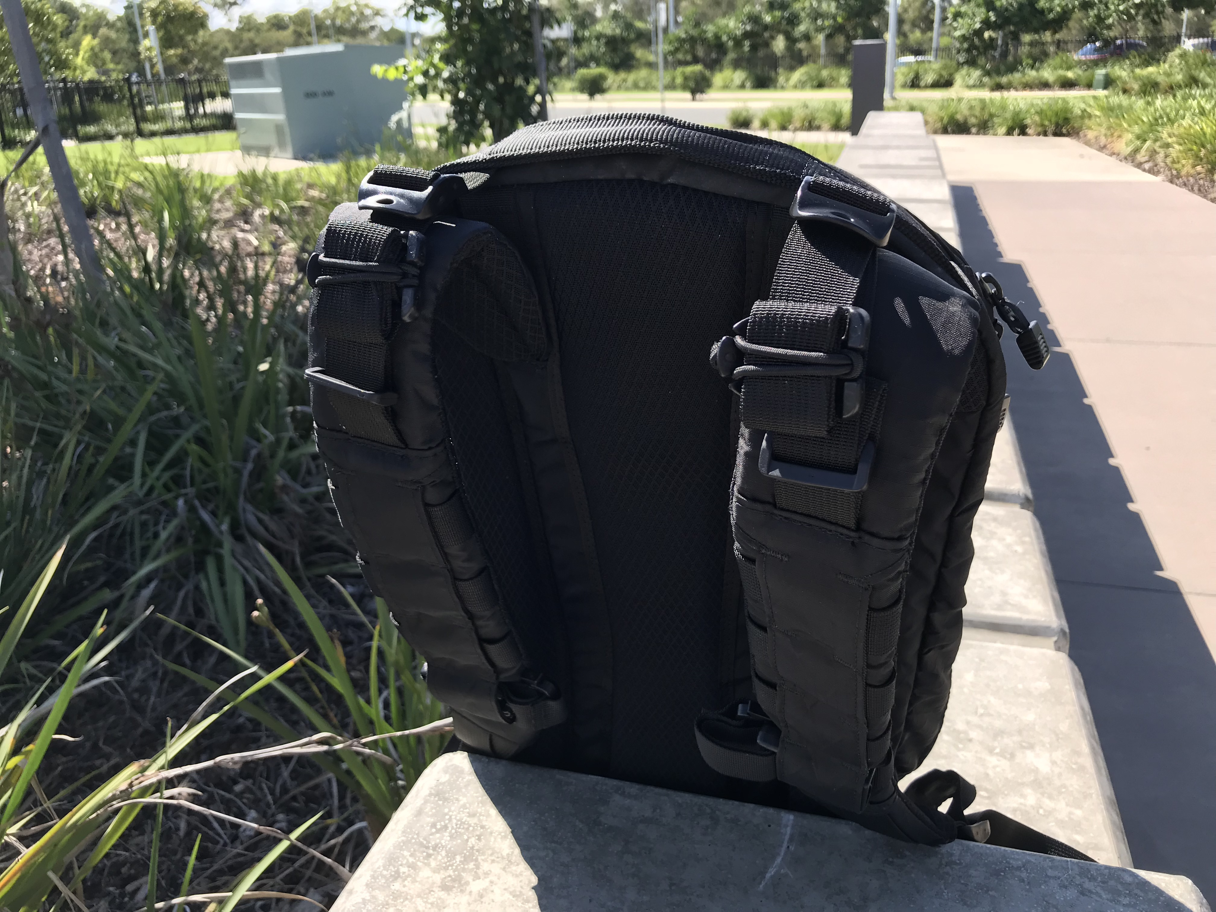 Triple Aught Design Axiom 18 Review Shoulder Straps