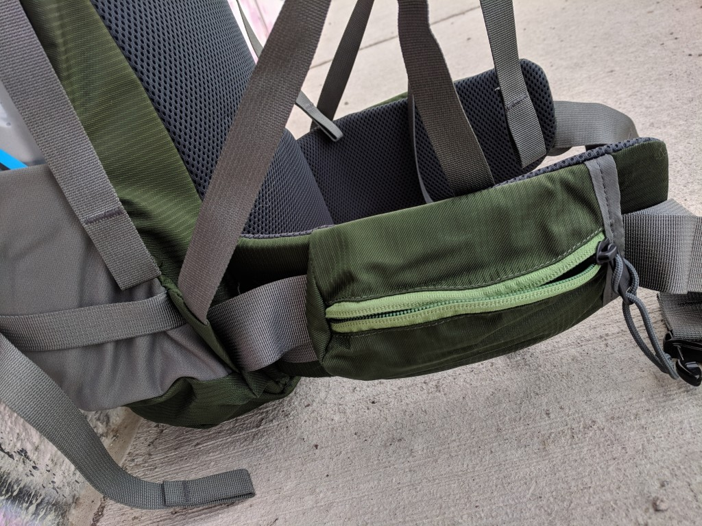 Mystery Ranch Hardscrabble review waist belt pockets
