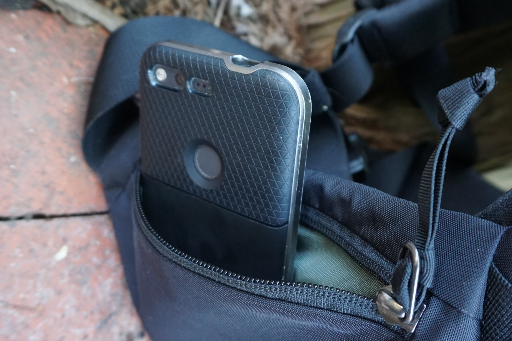 EVERGOODS MPL 30 Review hip pockets iphone