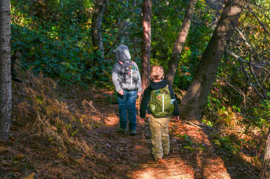 Cub Cubs Cub Ruck backpack review on body moss green wolf gray woodland path kids hiking