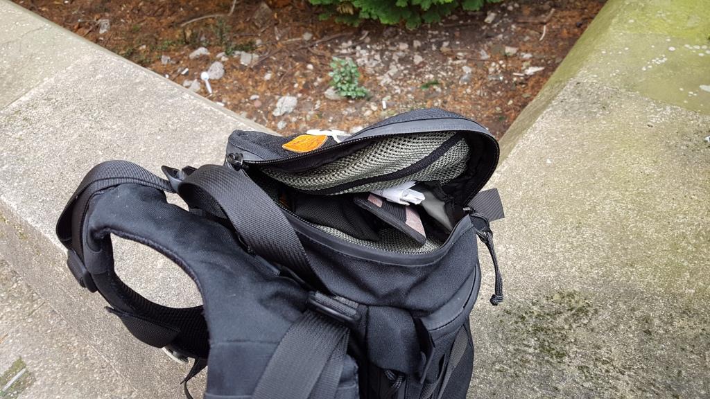Mystery Ranch 1 Day Assault Pack top pocket open quick access mesh pocket grab handle shoulder yoke 1DAP review