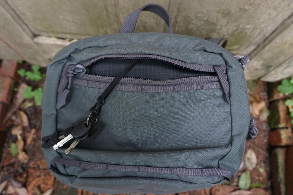 Assault Pack 30 Khard 30 review top pocket