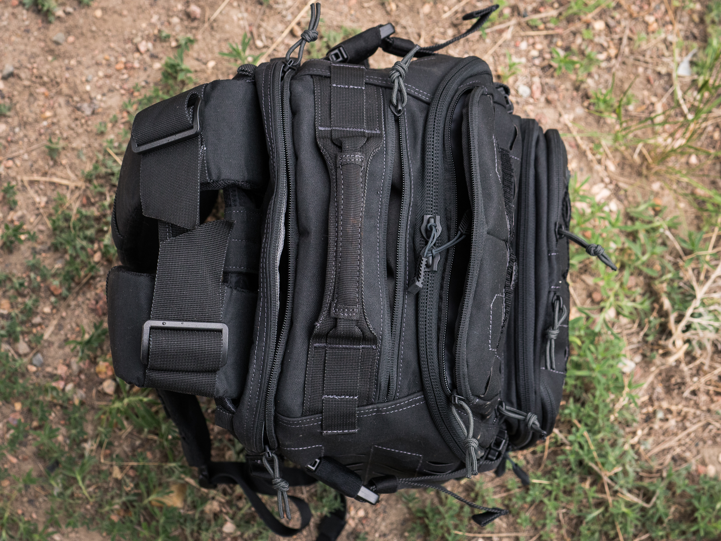Tactix 1 Day Plus carry handle