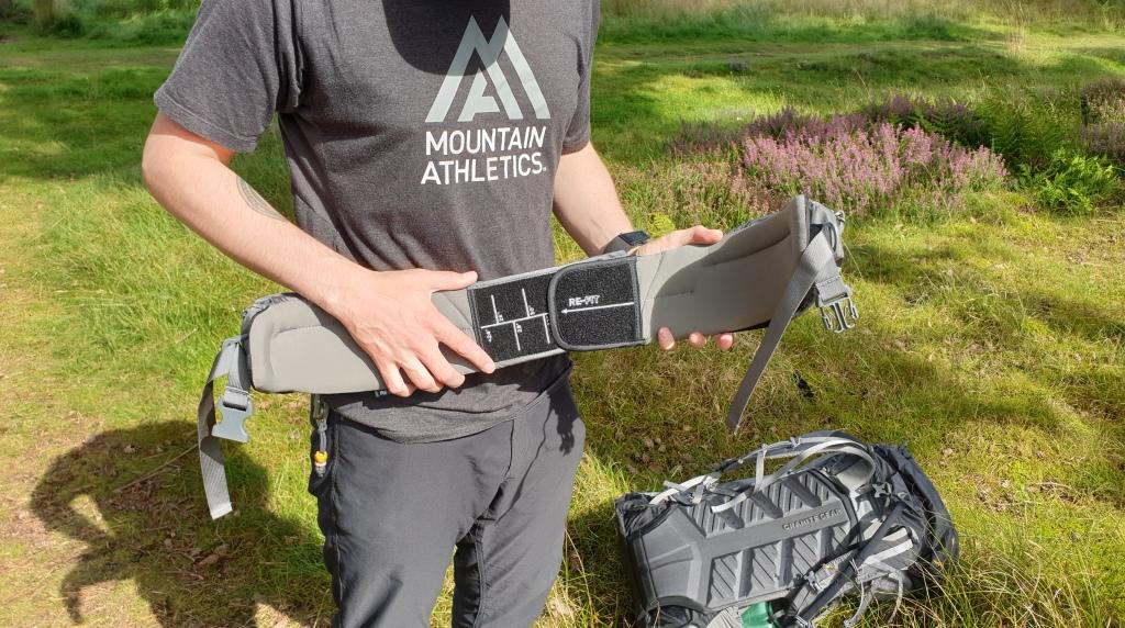 Massdrop X Granite Gear backpack review re-fit belt system adjustment