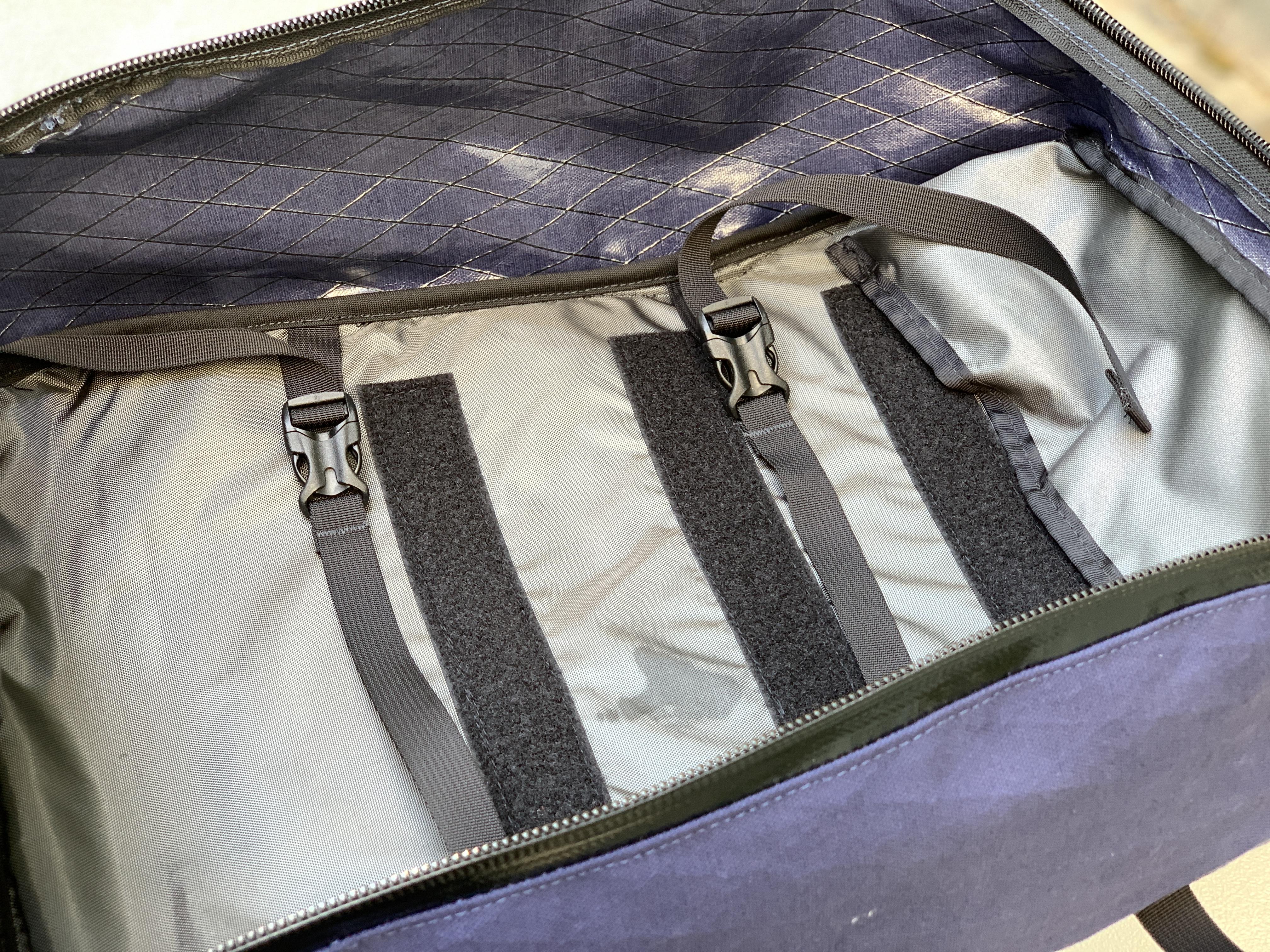 North St Bags Weekender internal hook and loop organization