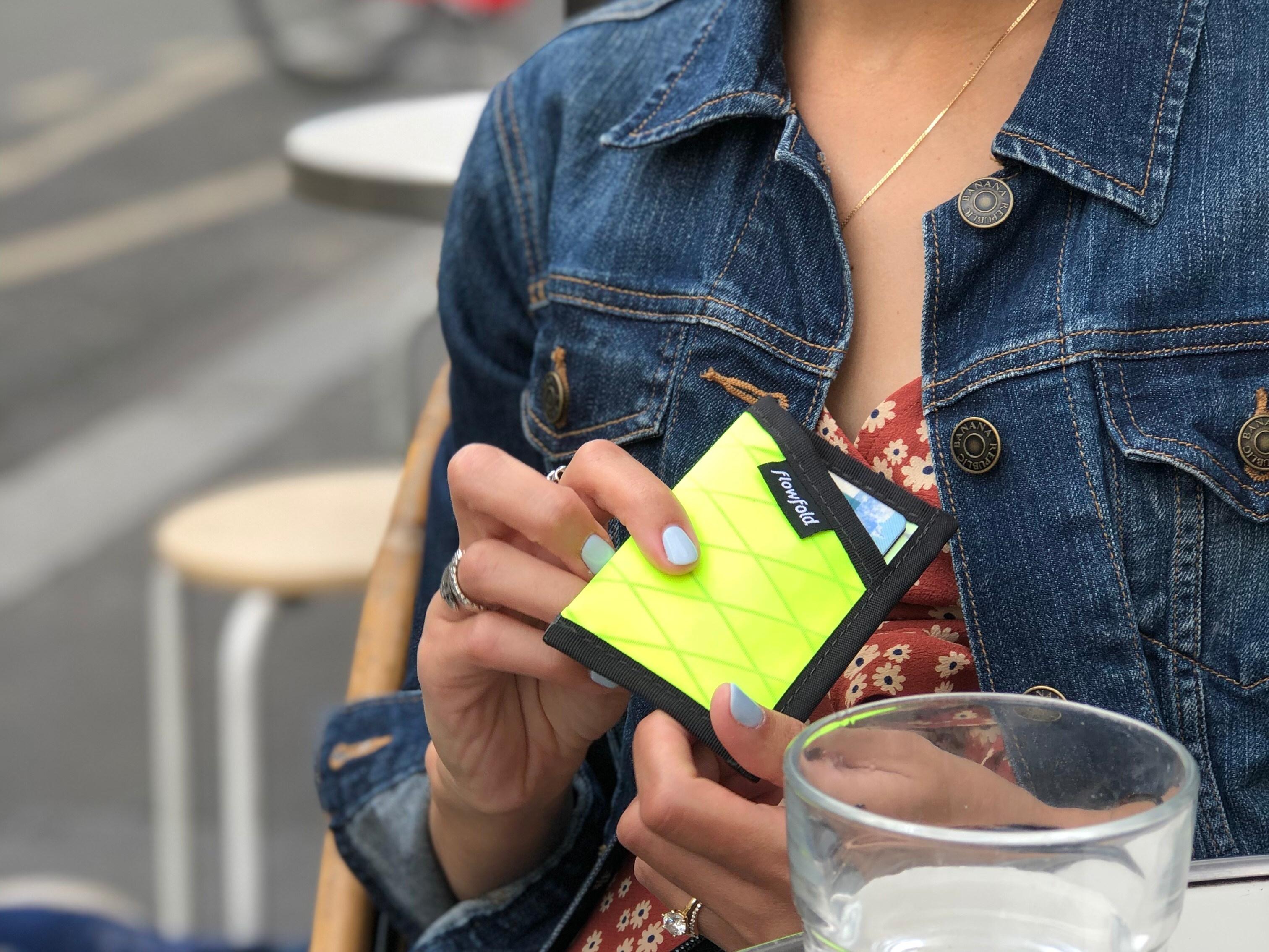 Flowfold Maverick minimalist wallet
