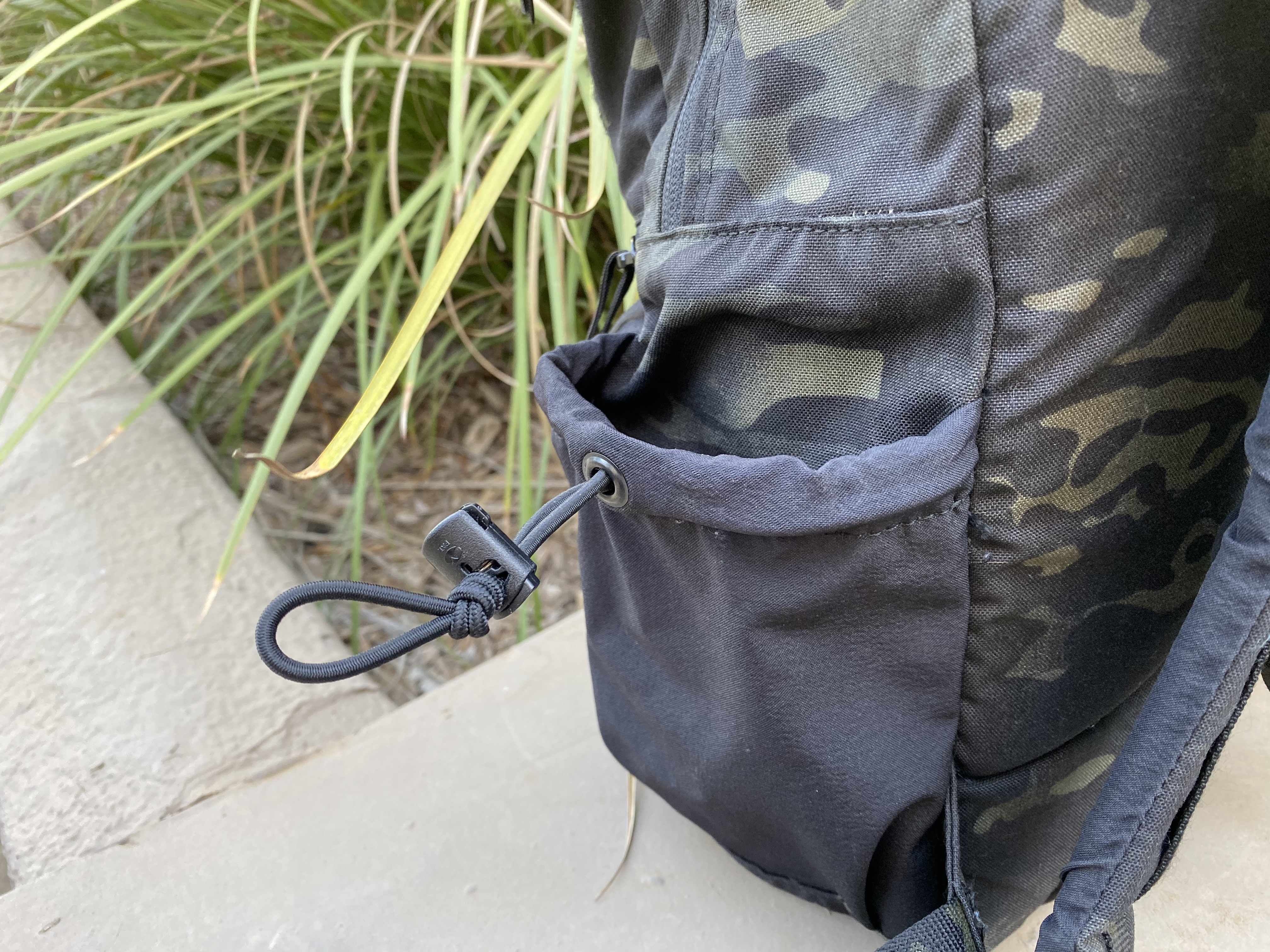 LBD 8005A Day Pack Review waterbottle stash pocket cord