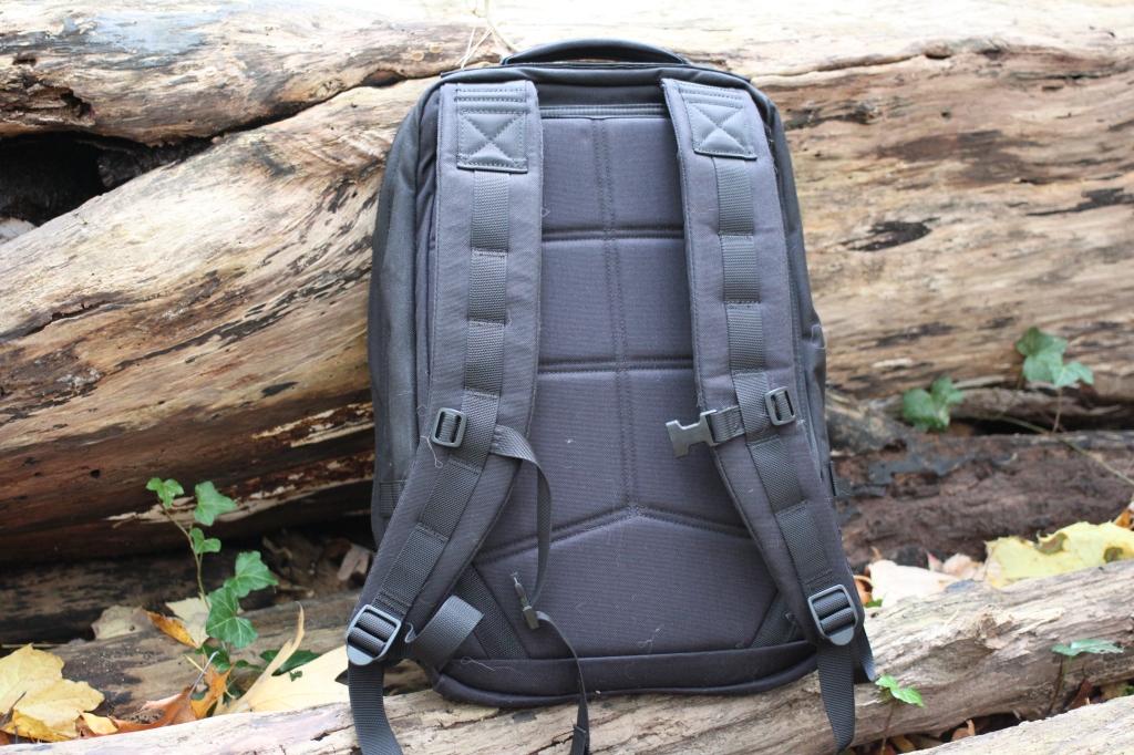 goruck gr1 review shoulder straps and back panel sternum strap